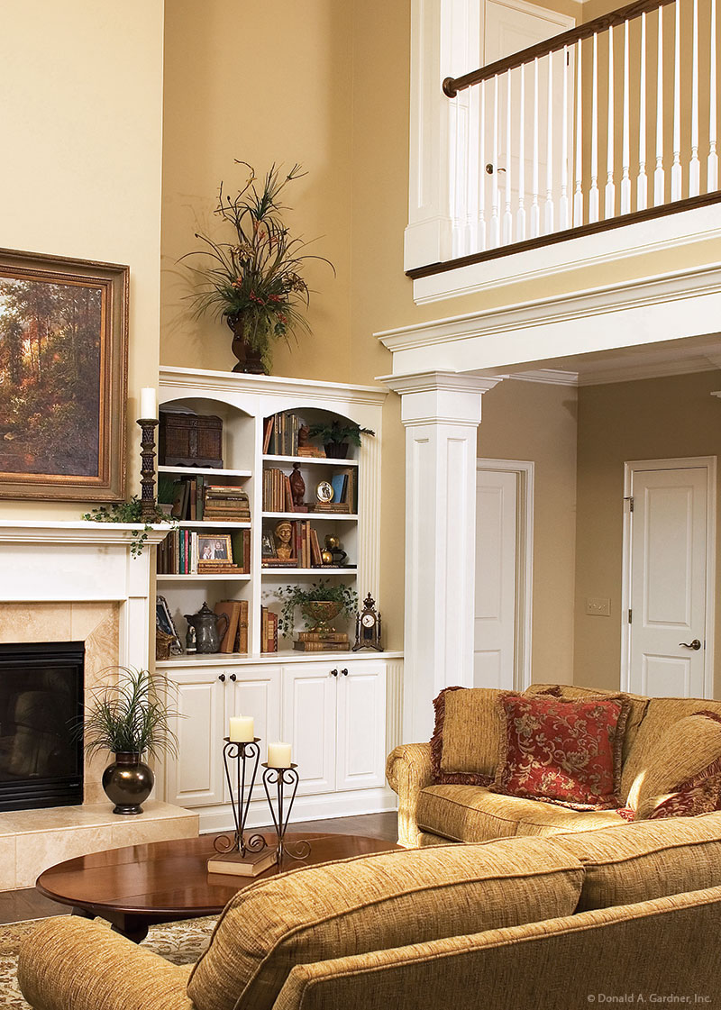 Built-In Shelving in the Great Room of The Hartford - House Plan 1048